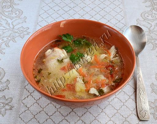 куриный суп с кабачками и манкой