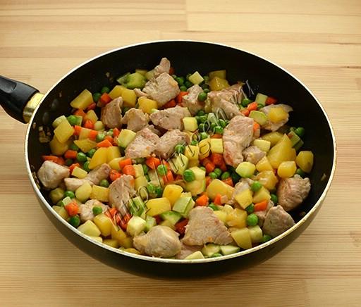приготовление индейки с овощами