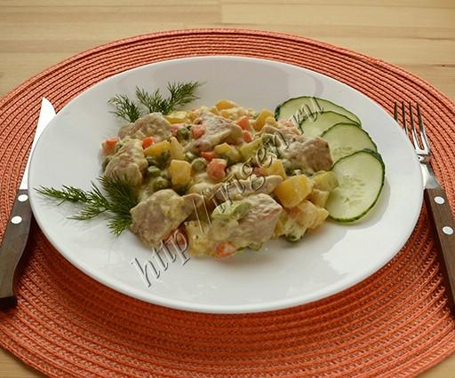 индейка с овощами в сливках