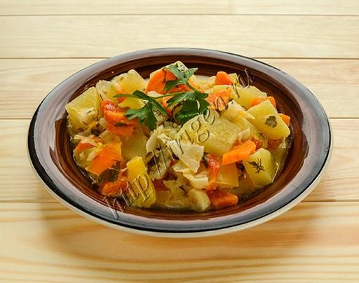 овощное рагу со сметаной в мультиварке