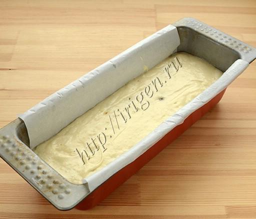 кекс на белках перед выпечкой