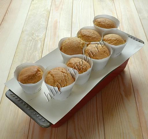 пирожные после выпечки
