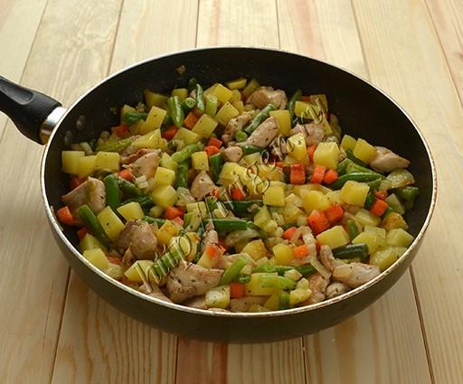 приготовление курицы с овощами в сливках