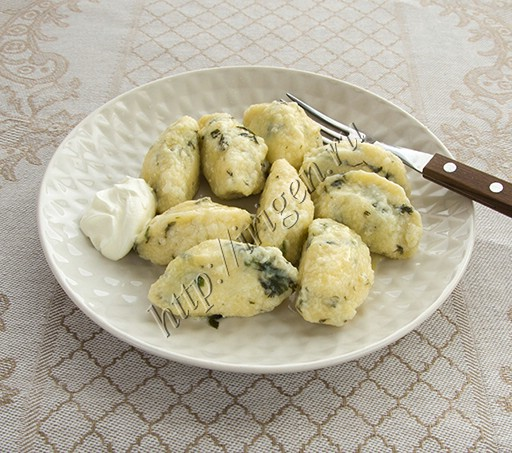 ленивые вареники с зеленью и сыром