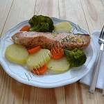 лосось с овощами на пару в мультиварке