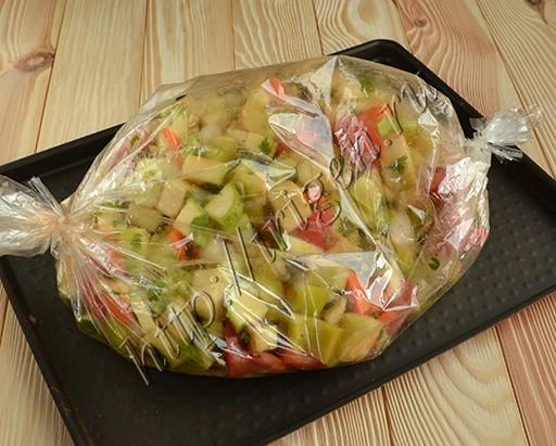 овощи для икры в рукаве