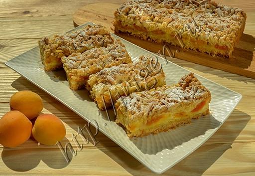 пирог воздушный с абрикосами