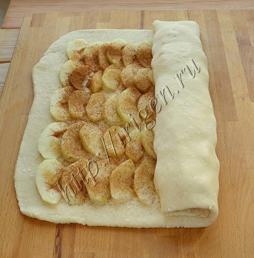 рулет-с-яблоками-из-творожного-теста (2)