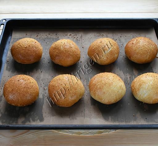 булочки хлебные после выпечки