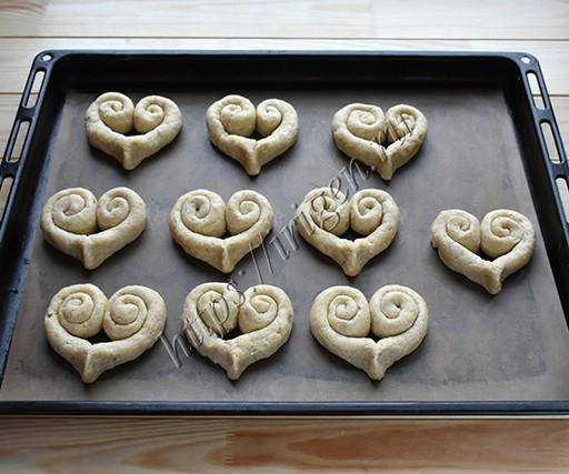 сердечки творожно-ореховые перед выпечкой