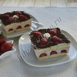 десерт муссовый с клубникой