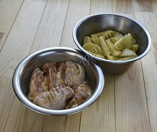 подготовка курицы и картофеля