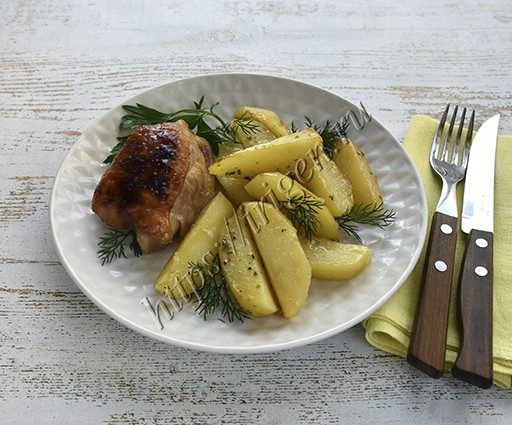 курица с картофелем в рукаве