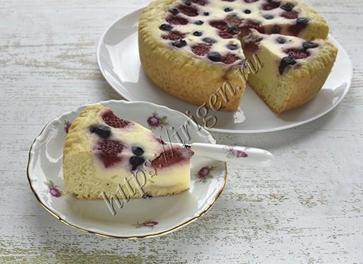 пирог творожный с ягодами в мультиварке