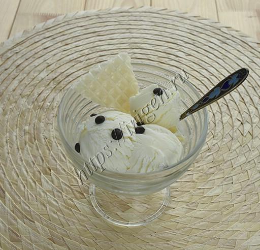 мороженое пломбир на сгущенке
