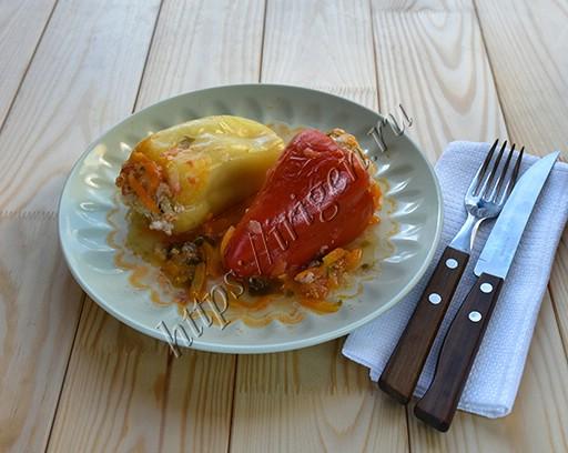 перец фаршированный мясом и кабачком