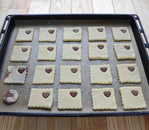 светлое печенье с сердечками