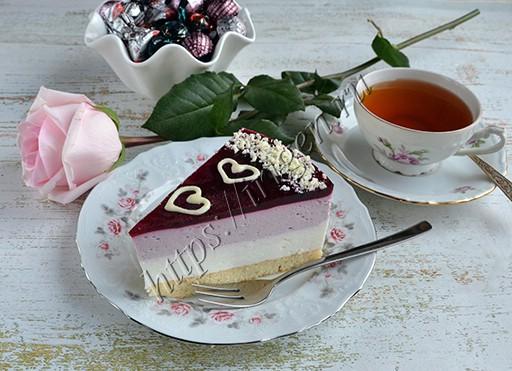 торт муссовый ежевичный