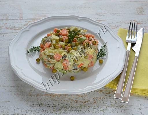 постный салат оливье с авокадо