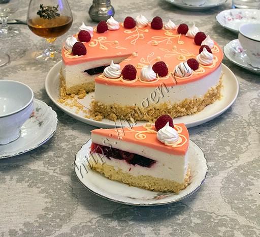 торт малиновый пломбир - разрез