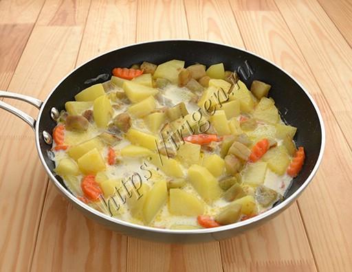 приготовление картофеля с баклажаном