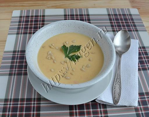суп-пюре из цветной капусты на курином бульоне